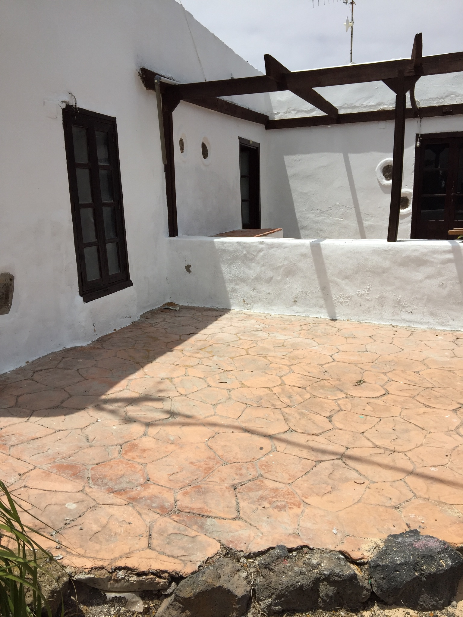 3 bed finca + unfinished apartment in La Vegueta
