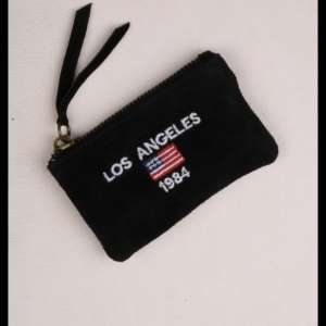 Lost: Small black wallet with 'los angeles' on it